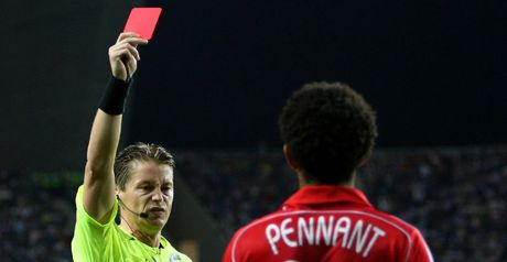 Pennant: Porto red card