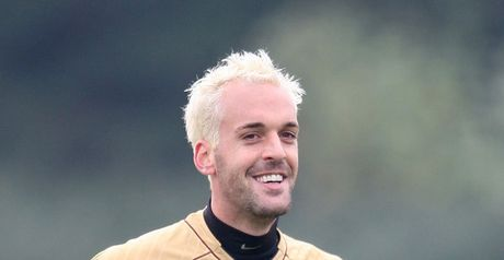 Almunia: England call-up?