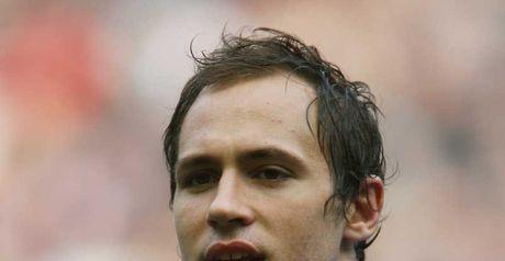Parisse: returns to captain Italy