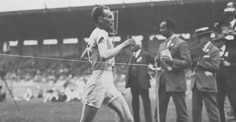Paavo Nurmi: Two golds within hours.