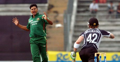 Mortaza celebrates the dismissal of McCullum