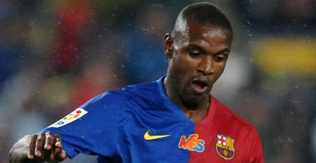 Abidal: New contract