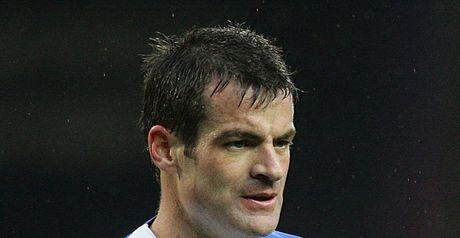 Nelsen: Backed sacking