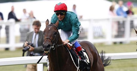 Monterosso wins under Dettori.