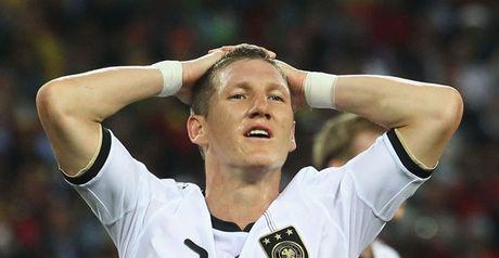 Schweinsteiger: Future uncertain