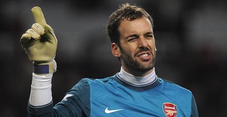 Almunia: Frustrated