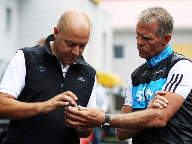Shane Sutton (r): Involved in an accident