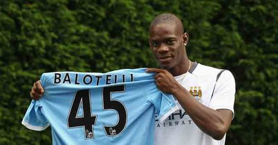 Balotelli: Missing with knee problem