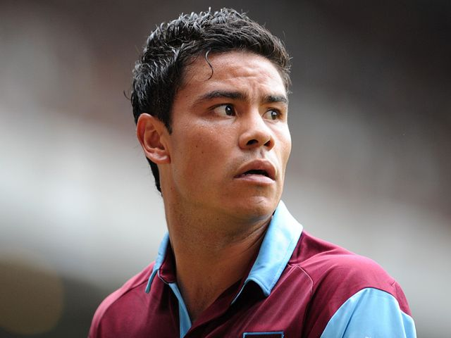 Pablo Barrera: Leaves West Ham
