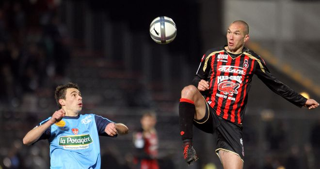 Digard: Midfielder has completed permanent move to Nice from Middlesbrough