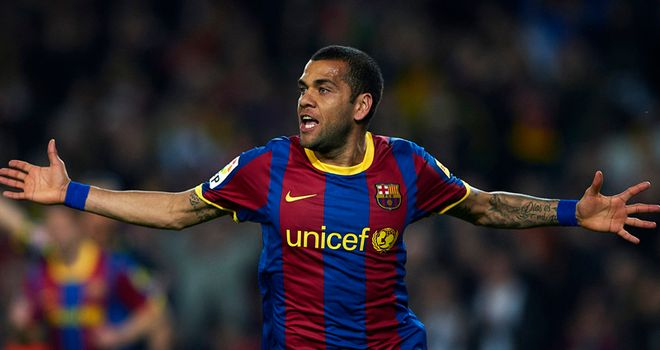 Dani Alves: Ignoring Real Madrid mind-games