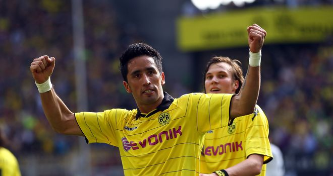 Lucas Barrios: Staying with Borussia Dortmund as champions mount another title push