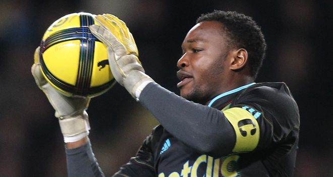 Steve Mandanda: Recognises that not many top clubs are in the market for a new goalkeeper