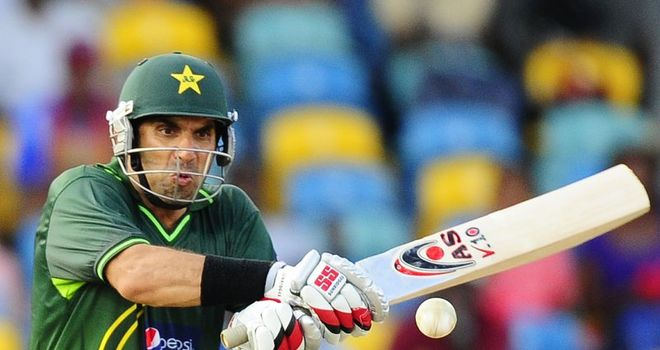 Misbah: Steady half century guides Pakistan home