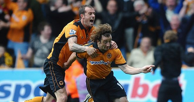 Stephen Hunt: Wolves midfielder felt refereeing decisions cost his side