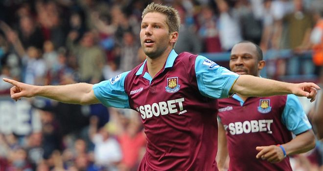 McLeish: Keeping tabs on Hitzlsperger as he works within Villa constraints