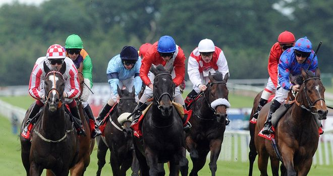 Sole Power (l): Back to his best and wins the Temple Stakes