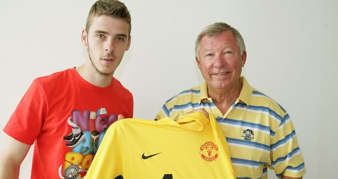De Gea: Very proud to have joined United after signing a five-year contract at Old Trafford
