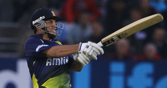 Ryan ten Doeschate: Top-scored for Essex
