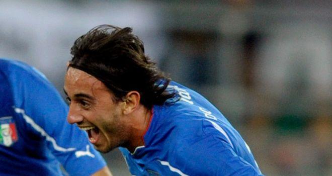 Alberto Aquilani: Needs to play 25 matches for Milan this season