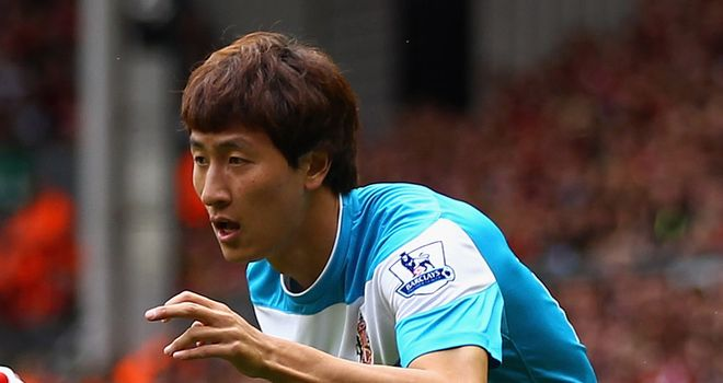 Ji Dong-won: Has been backed for success by Sunderland boss Bruce