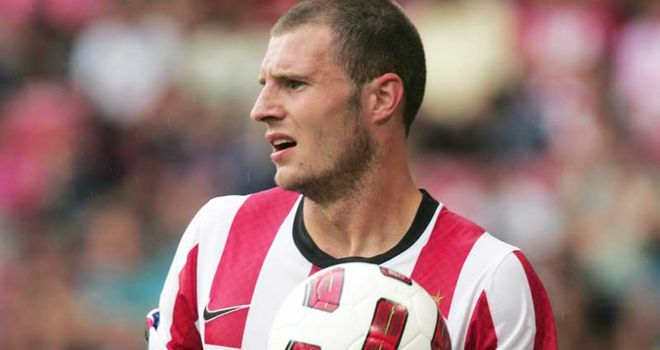 Erik Pieters: Suffered a foot injury against FC Utrecht at the weekend