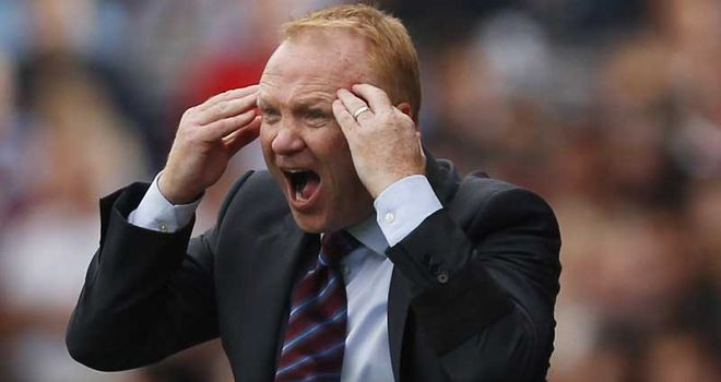 McLeish: Does not feel he would have enough time to bring in new faces if he let anyone go
