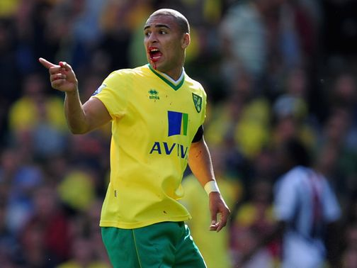 James Vaughan: Huddersfield loan signing