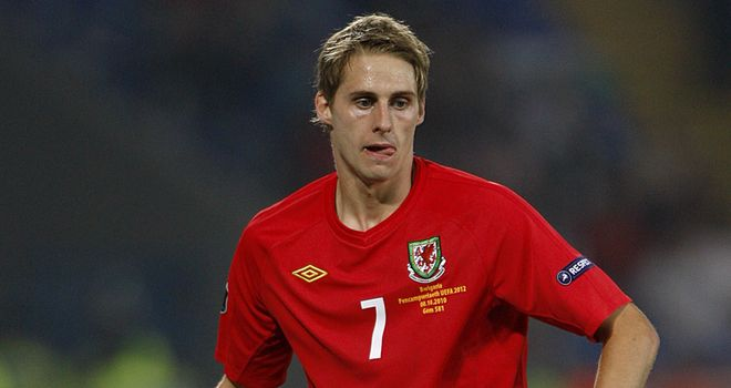 Edwards: Wales midfielder impressed with squad atmosphere under Speed