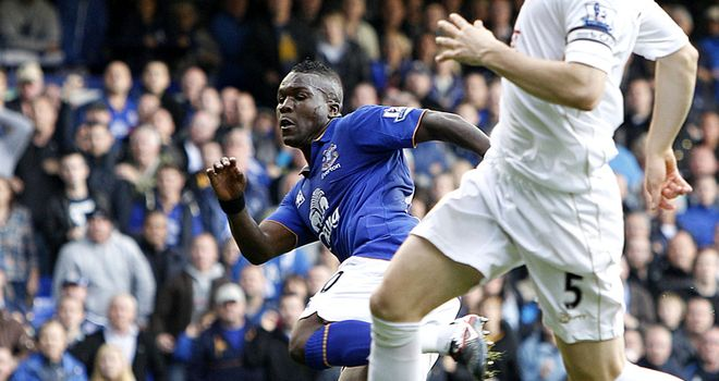 Drenthe: Scores his first Everton goal deep into stoppage time