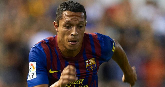 Adriano: Will spend five to seven days on the sidelines after pulling hamstring