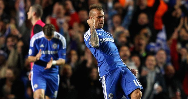 Raul Meireles: Chelsea midfielder says he will not celebrate if he scores against Liverpool