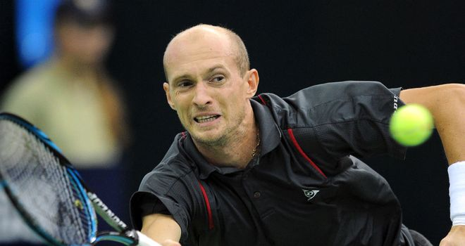 Nikolay Davydenko: Early exit in Stuttgart