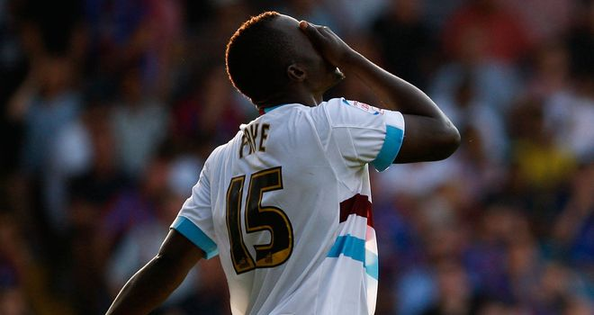 Abdoulaye Faye: West Ham defender admits the players are feeling the pressure at Upton Park