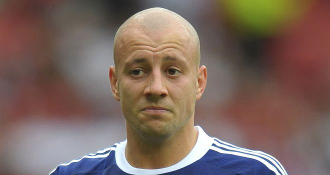 Alan Hutton: Hopes Scotland can upset Spain in Tuesday's final qualifier
