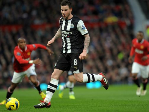 Danny Guthrie: Has joined Reading