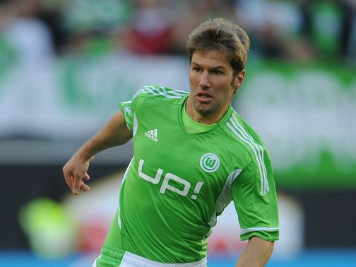 Hitzlsperger: Moves to Everton, subject to international clearance