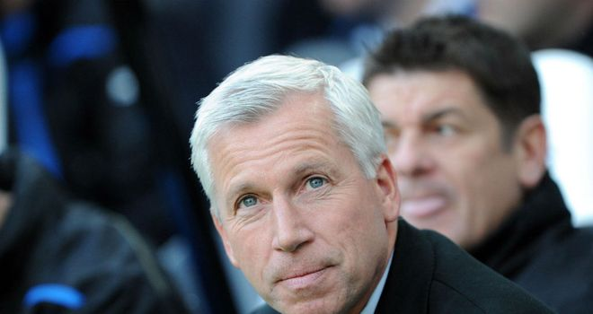 Alan Pardew: Ready to buy new defender
