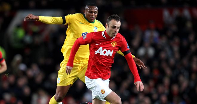 Dimitar Berbatov: Travelling to Germany for talks amid interest from Bayer Leverkusen and Bayern Munich