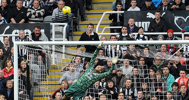 Ryan Taylor beats Everton's Tim Howard in Newcastle's 2-1 win earlier in the season