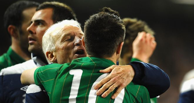 Robbie Keane has backed manager Giovanni Trapattoni to stay