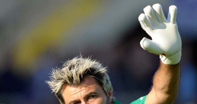 Sebastien Frey: Veteran keeper moves to Turkey