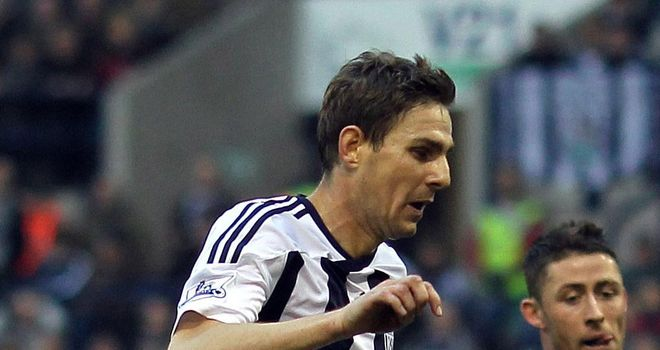 Zoltan Gera: West Brom midfielder determined to put injury problems behind him