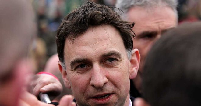 Henry de Bromhead: Trainer of Sizing Rio