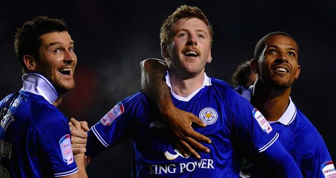 Paul Gallagher has called on the Leicester squad to become a team