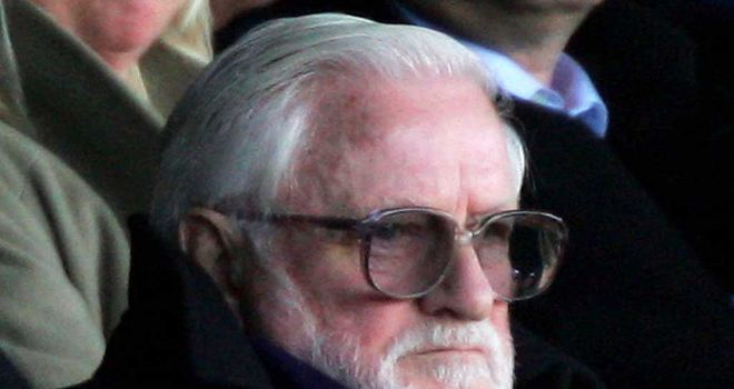 Ken Bates: Leeds fans to protest against his ownership of the club