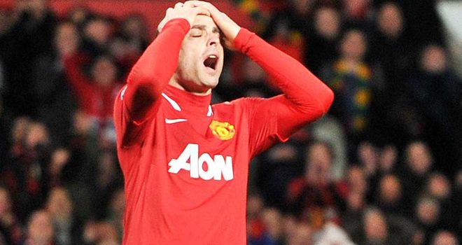 Dimitar Berbatov: Martin Jol does not think striker would join Fulham even if he left Man Utd