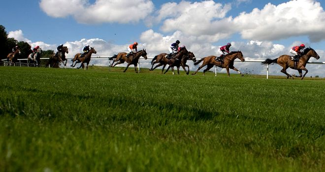 Lingfield: Inspection for Tuesday card with more heavy rain forecast