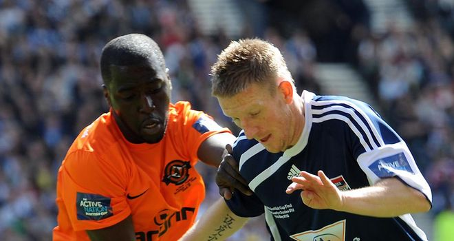 Michael Gardyne (R): Ross County striker has signed a pre-contract agreement with Dundee United