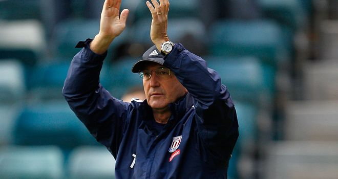 Tony Pulis: Stoke manager wants his fans to carry them to the finish